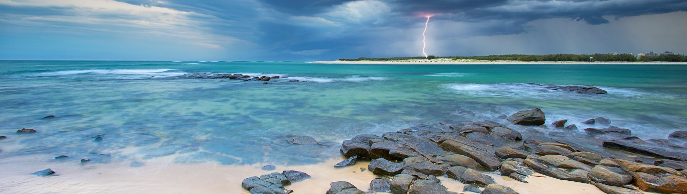 Lightning strike at Bulcock Beach